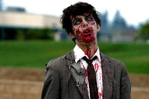 Jawaban Ilmiah Tentang Dracula, Manusia Serigala Dan Zombie [ www.BlogApaAja.com ]